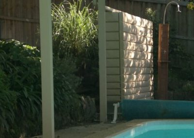 2000L Thin Tank storing water from pool awning